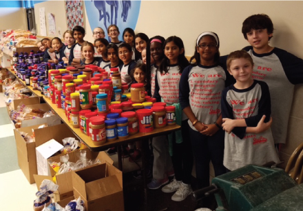McCoy Elementary Makes Sandwiches to Feed the Homeless